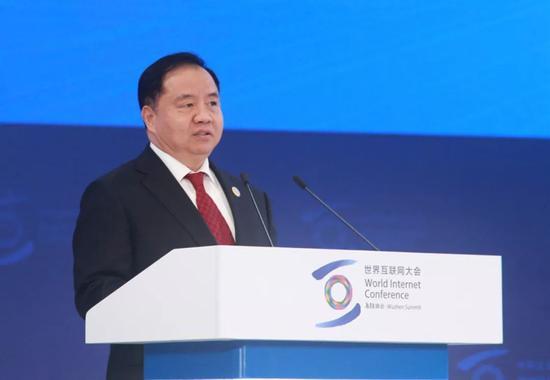 工信部副部长陈肇雄:加快5G新型信息基础设施建设